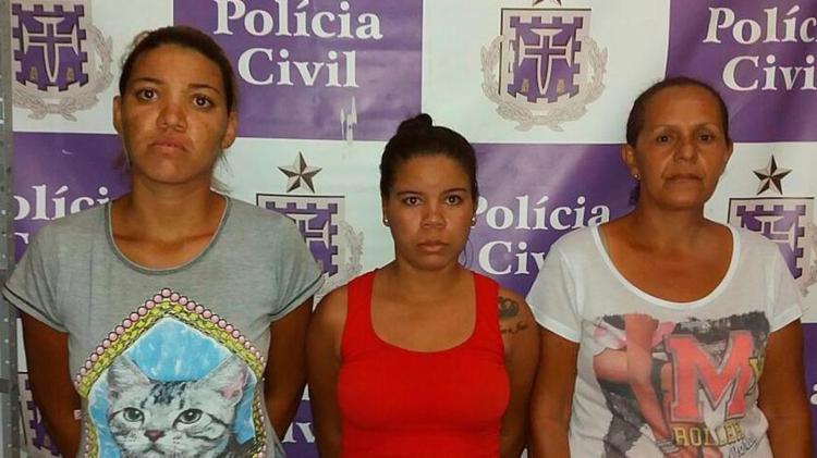 O trio foi autuado por tráfico de drogas e associação ao tráfico - Foto: Divulgação   Polícia Civil