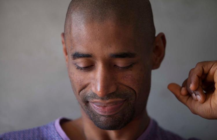 O artista visual Antonio Obá é um dos convidados para discutir o tema - Foto: Daniela Cadena   Divulgação