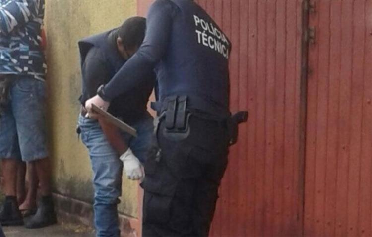 Vítima foi surpreendida por suspeitos na saída de festa - Foto: Reprodução   Radar 64