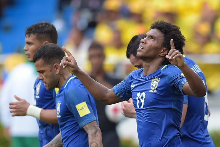 William vibra após marcar um golaço - Foto: Raul Arboleda l AFP