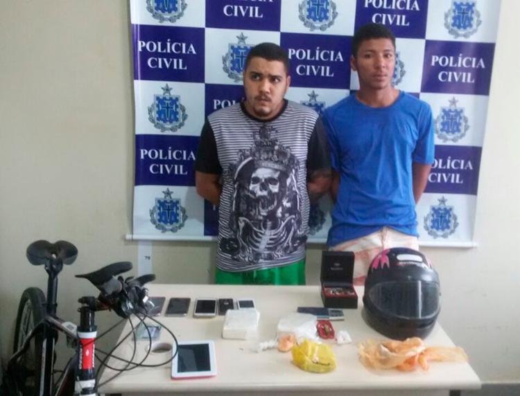 Luís e Diego foram autuados em flagrante por tráfico de drogas e receptação - Foto: Divulgação   Polícia Civil