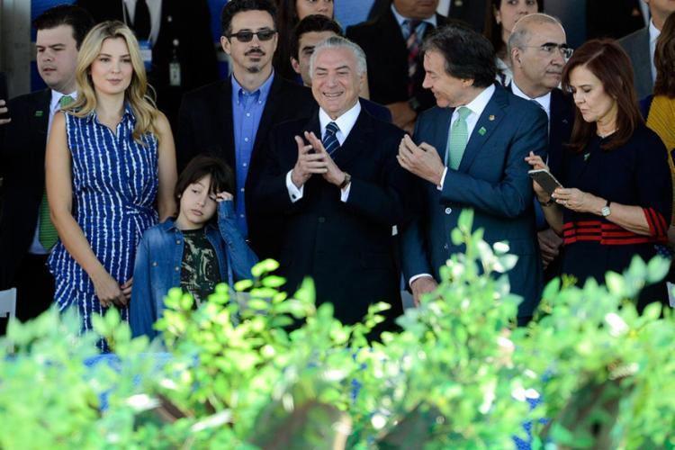 Temer ao lado da esposa e do filho Michelzinho - Foto: Marcelo Camargo | Ag. Brasil | 07.09.2017