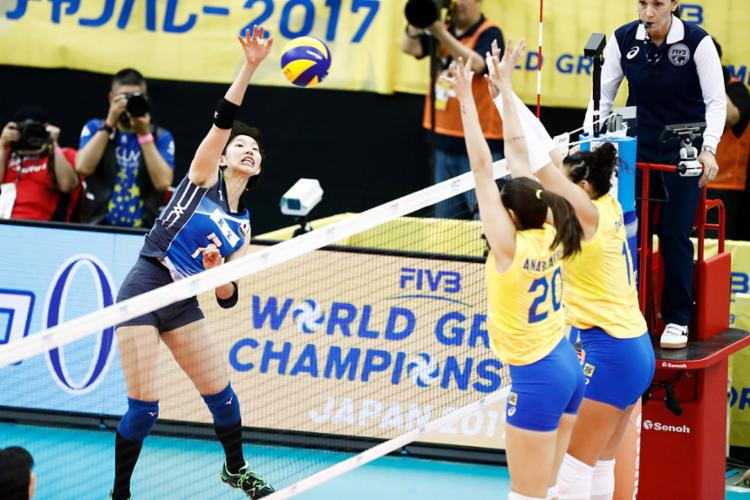 Equipe brasileira foi derrotada por 3 sets a 2 - Foto: Divulgação   FIVB