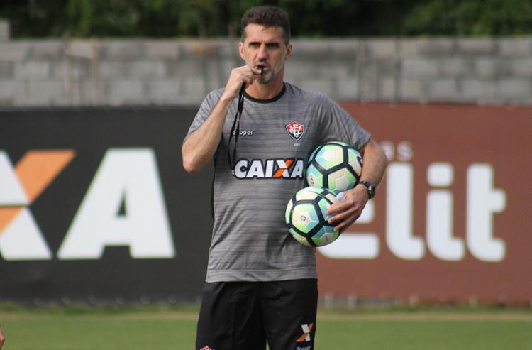 Mancini espera um Vitória mais ofensivo contra o Fluminense - Foto: Maurícia da Matta l EC Vitória