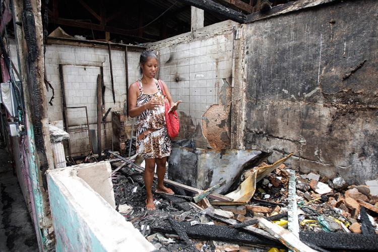 Permissionária contabiliza prejuízos do incêndio - Foto: Luciano da Matta l Ag. A TARDE
