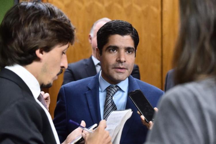 A pesquisa eleitoral foi encomendada pela TV que é da família de Neto - Foto: Divulgação