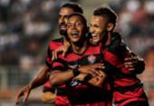 Vitória fica duas vezes na frente, mas cede empate ao Santos no Pacaembu | Foto: