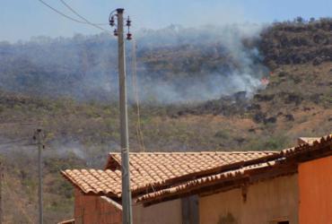 Incêndio atinge cerca de 50 hectares na Serra da Bandeira, em Barreiras