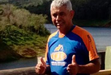 Homem morre após van colidir em fundo de ônibus em Conquista