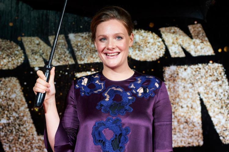 A atriz britânica disse ele a atendeu de roupão no hotel - Foto: Niklas Hallen | AFP