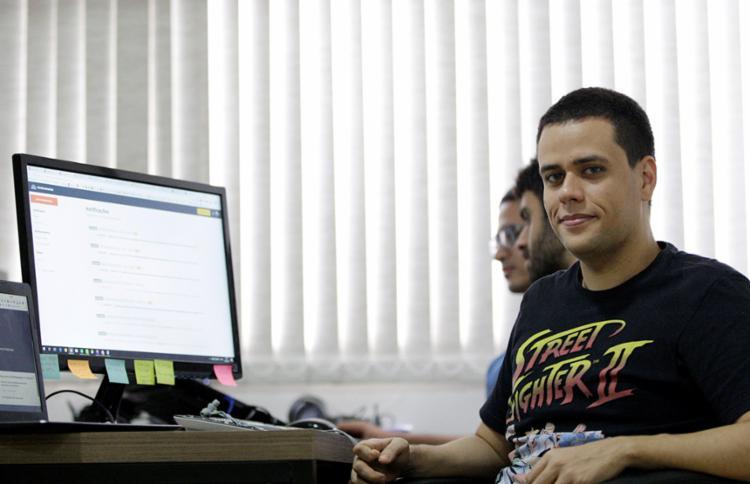 Bruno Cabral é criador e programador da plataforma Escavador - Foto: Adilton Venegeroles /| Ag. A TARDE