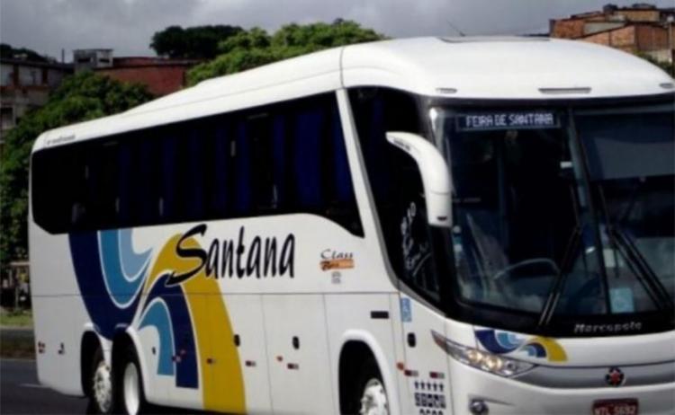 Bandidos roubaram farda e crachá de motorista de ônibus - Foto: Divulgação