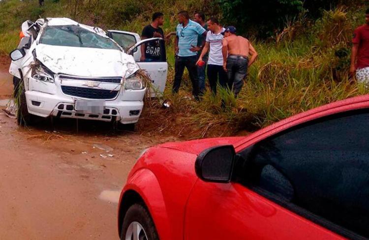 Uma ultrapassagem indevida pode ter causado a batida - Foto: Reprodução   Thainá Lôbo   Voz da Bahia