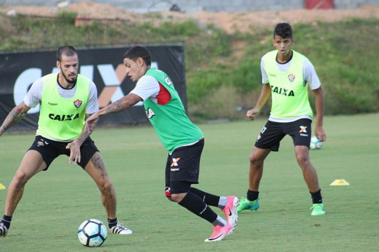 Reservas treinaram normalmente nesta sexta-feira, 13 - Foto: Maurícia da Matta | EC Vitória