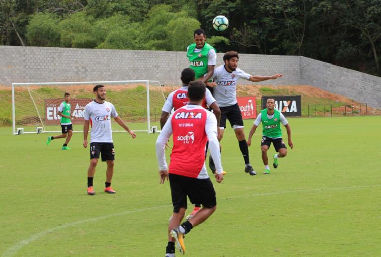 Leão busca um triunfo sobre o Santos no Pacaembu para se recuperar na tabela - Foto: Moysés Suzart | EC Vitória | Divulgação
