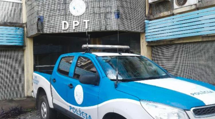 O levantamento cadavérico foi feito no DPT de Feira de Santana - Foto: Aldo Matos | Acorda Cidade