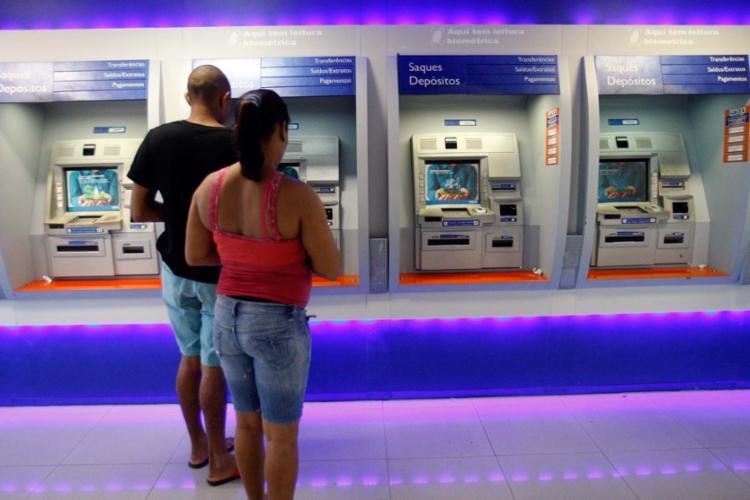 Diante das incertezas, os bancos têm adotado uma postura conservadora - Foto: Margarida Neide | Ag. A TARDE | 22.05.2017