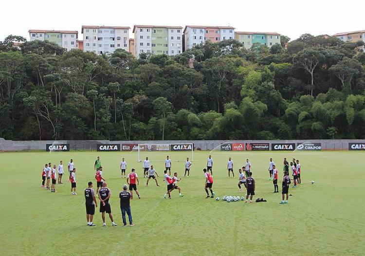 Atuando bem fora de casa, o Rubro-Negro terá que se impor nos jogos em Salvador - Foto: Moysés Suzart l EC Vitória l Divulgação