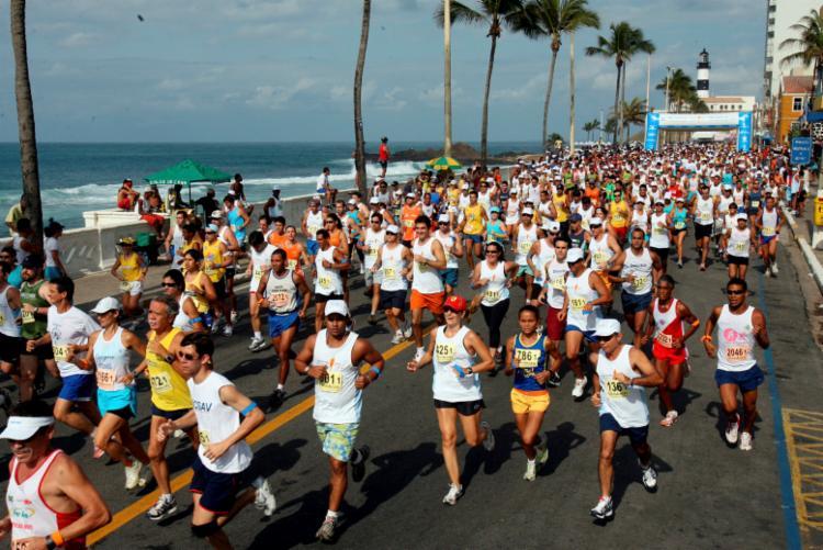 Farol da Barra vai ser o ponto de partida e chegada dos atletas - Foto: Carlos Casais | Ag. A Tarde