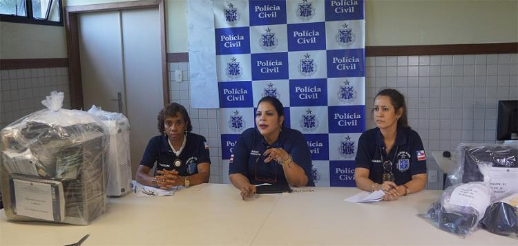 As delegadas Claudenice Mayo, Fernanda Porfírio, ambas do Depom, e Ana Crícia, da Dercca, falaram sobre a operação - Foto: Divulgação l Polícia Civil