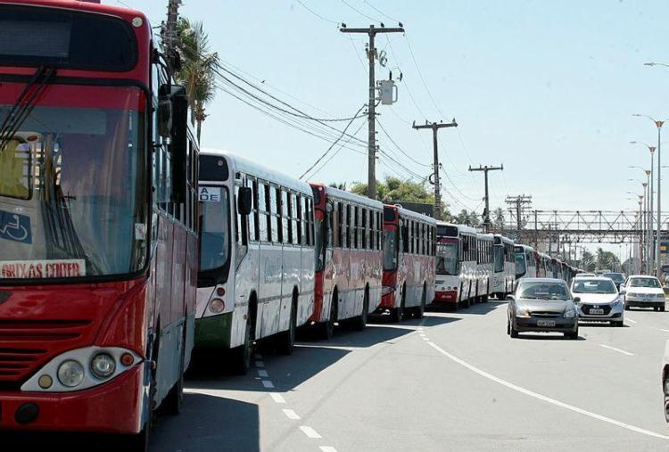 Segundo o Sindimetro, ônibus voltam a circular a partir das 15h - Foto: Edilson Lima | Ag. A TARDE | 06.09.2016