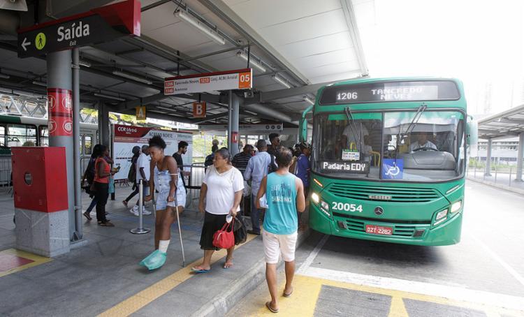 Com as mudanças nas linhas, prefeitura prevê redução no tempo de espera dos usuários - Foto: Luciano da Matta l Ag. A TARDE