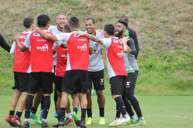 União do elenco fez a diferença na arrancada do Leão - Foto: Maurícia da Matta | EC Vitória | 30.09.2017