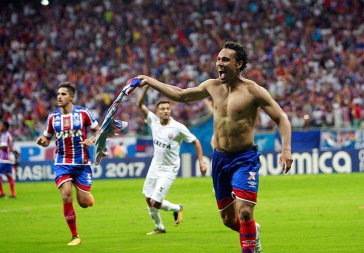Edigar Junio comemora o segundo gol do tricolor - Foto: Margarida Neide | Ag. A TARDE