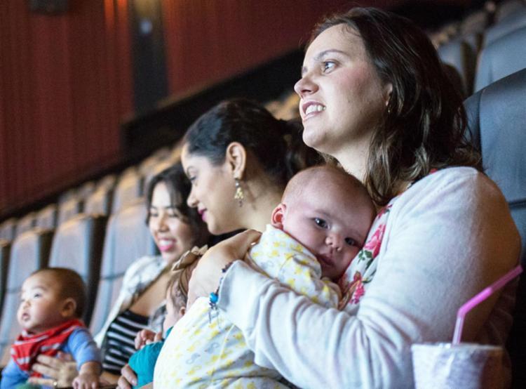 Projeto conta com sessões especiais para mães com bebês - Foto: Divulgação