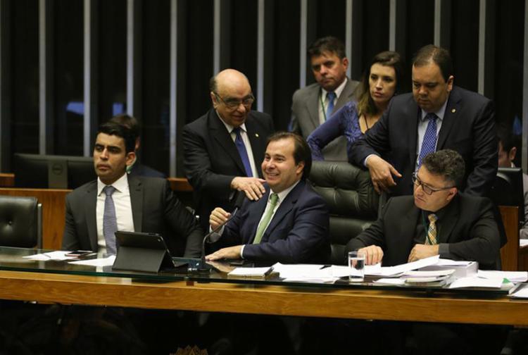 Para presidente da Câmara, 'qualquer que seja o resultado', é preciso votar as acusações a Temer e ministros - Foto: Fabio Rodrigues Pozzebom l Agência Brasil