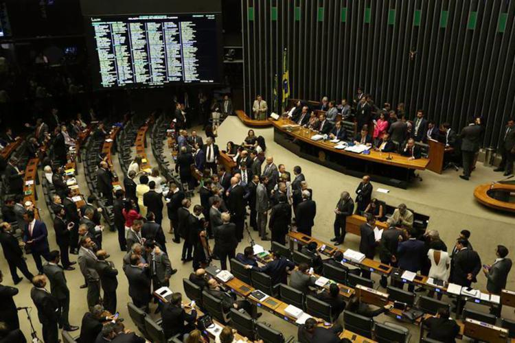 Votação favorável ao presidente alcançou os 172 votos necessários para rejeitar a denúncia - Foto: Fabio Rodrigues Pozzebom l Agência Brasil