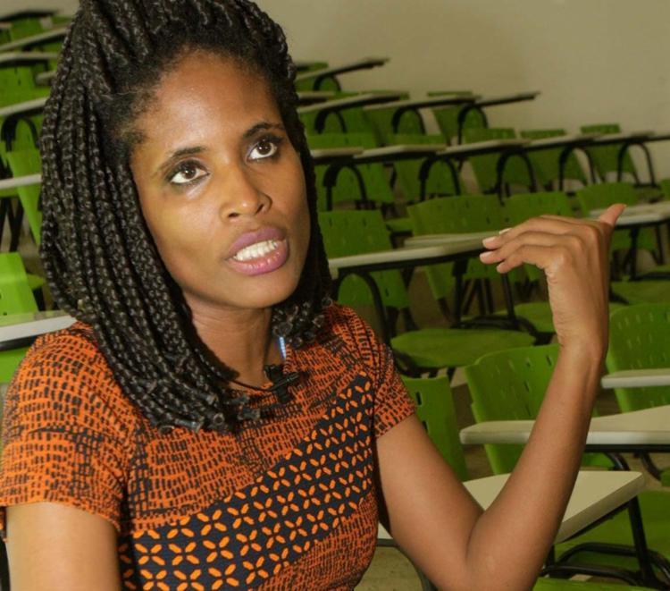 Djamila: precisamos viabilizar a permanência dos negros na universidade - Foto: Margarida Neide | Ag. A TARDE