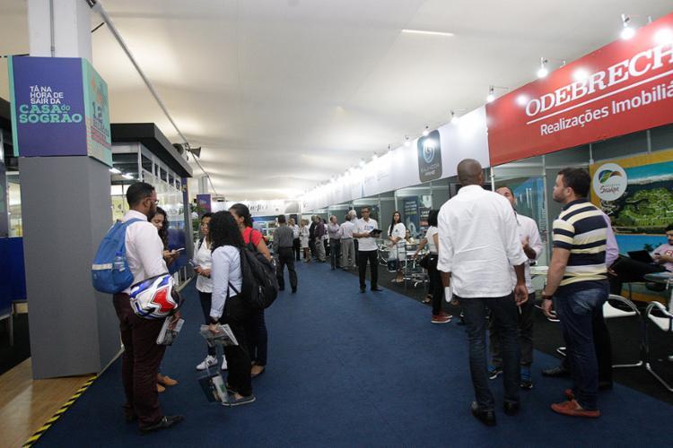 Evento da Associação de Dirigentes de Empresas do Mercado Imobiliário está sendo realizado este ano no Shopping da Bahia - Foto: Margarida Neide l Ag. A TARDE