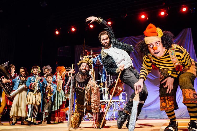 O musical utiliza a linguagem de circo, arte que emocionava Suassuna - Foto: Marcelo Rodolfo l Divulgação