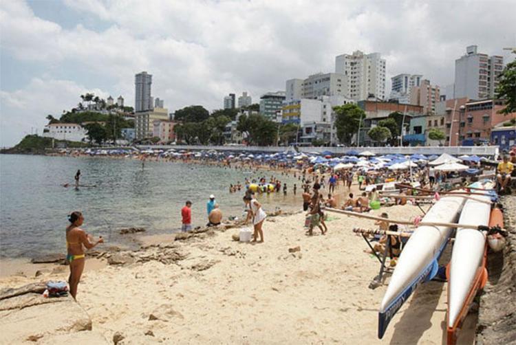 Drogas seriam comercializadas nas praias da Barra - Foto: Alessandra Lori | Ag. A TARDE
