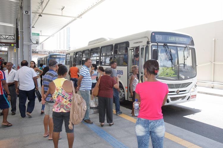 Os ônibus da região metropolitana têm novo itinerário - Foto: Luciano da Matta l Ag. A TARDE