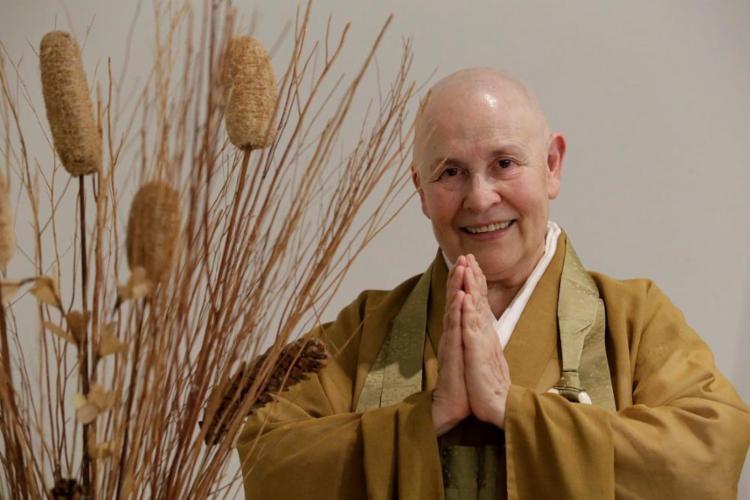 Monja Coen foi a primeira mulher não japonesa a assumir a Federação das Seitas Budistas do Brasil - Foto: Adilton Venegeroles / Ag. A TARDE