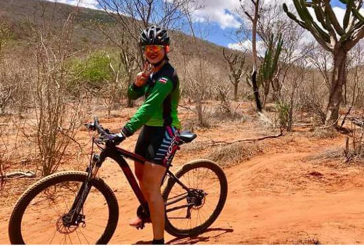 Thais Helena Silva é uma pedaleiras que tem o turismo sobre duas rodas como filosofia de vida - Foto: Arquivo Pessoal