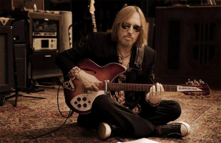 Tom Petty foi encontrado desmaiado em casa - Foto: Sam Jones | Divulgação
