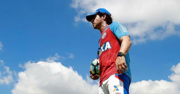 Preto deixa o comando do time um mês após ser efetivado - Foto: Felipe Oliveira l EC Bahia   Divulgação