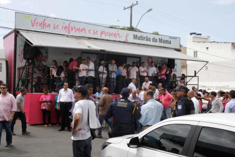 Unidade móvel realiza atendimentos gratuitos à população - Foto: Max Haack | Secom
