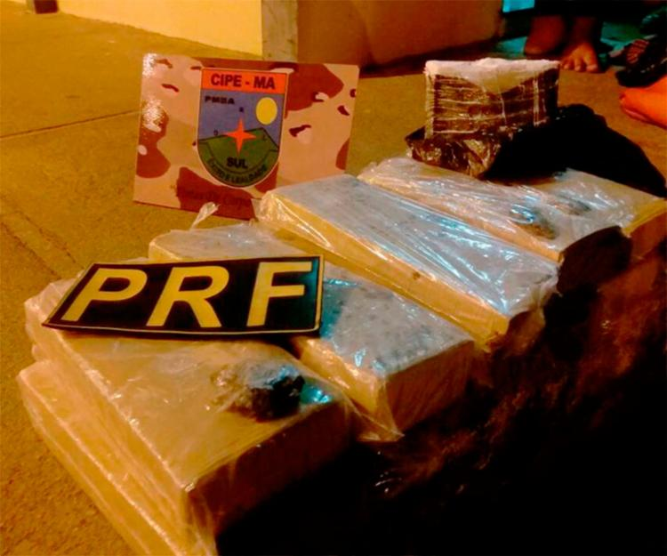 A droga estava dentro da bagagem da adolescente - Foto: Divulgação | PRF