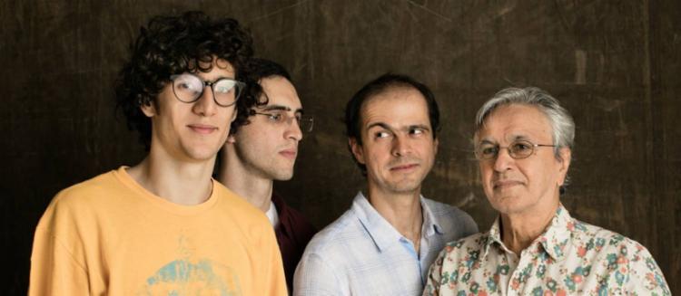 Caetano e os filhos (a partir da esquerda): Tom, Zeca e Moreno - Foto: Jorge Bispo | Divulgação