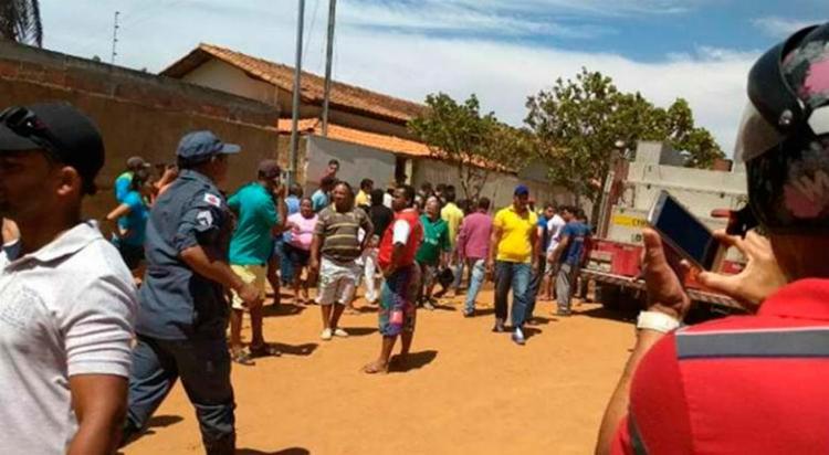 Moradores divulgam imagens do resgate e de familiares aguardando informações - Foto: Reprodução