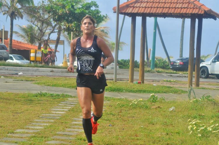 Atletas vão correr nas dunas, no asfalto e areia da praia - Foto: Sandrinha Midlej | Divulgação