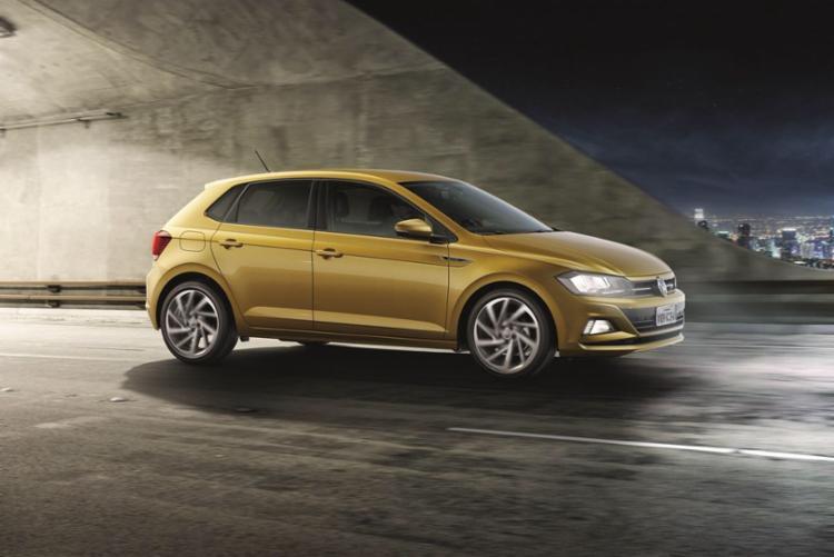 Modelo volta ao mercado e repete protagonismo de quando fora lançado, em 2002: direção acima da média e equipamentos exclusivos - Foto: Volkswagen | Divulgação