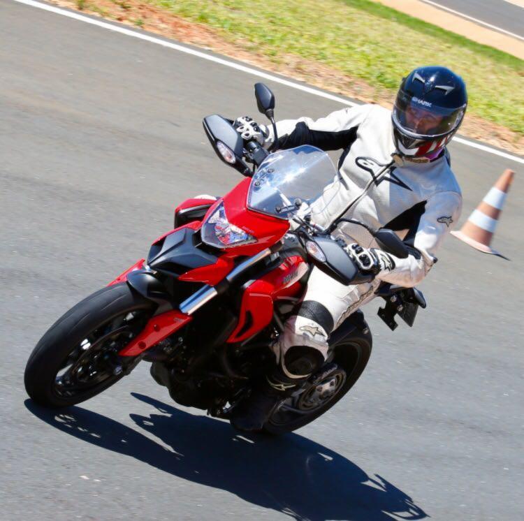 Multiestrada 950 tem quatro modos pilotagem - Foto: Ducati | Divulgação