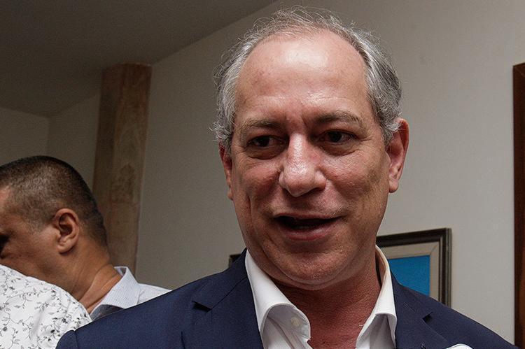 Ciro diz que há um colapso fiscal no País