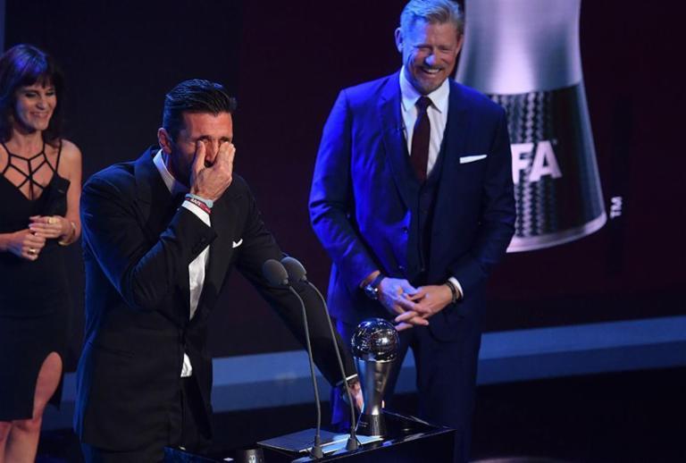 Buffon é o melhor goleiro e Zidane é eleito melhor técnico da temporada