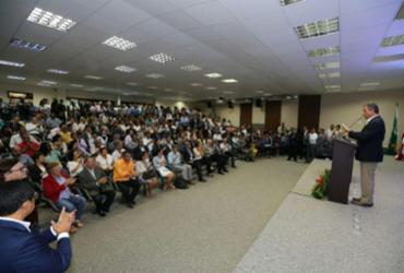 Prefeitos de 68 municípios celebraram convênios com o Governo do Estado